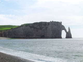 Chalk cliffs at Étretat.